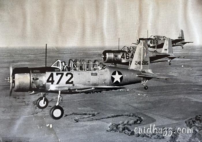 Vance Trainers 1944