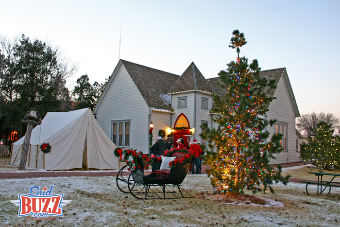 christmas-village-2013