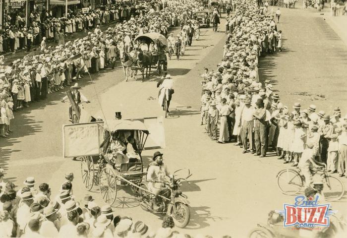 parade-enid-1932