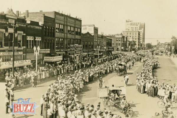 Photos: 1932 Enid Parade