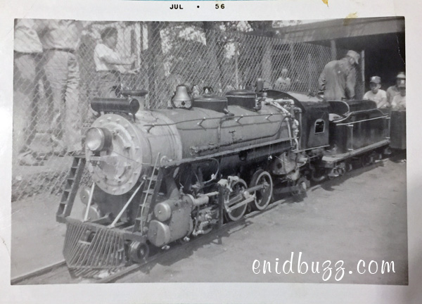 zoo-train