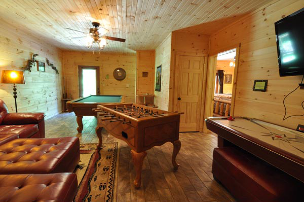 ozark-legends-game-room-1