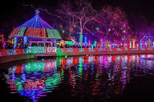 - 10 MUST SEE Christmas Light Displays In Oklahoma